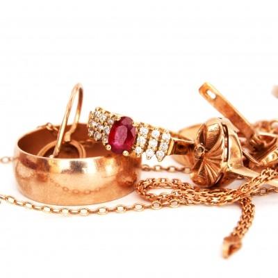 Συλλογή από κοσμήματα γάμου